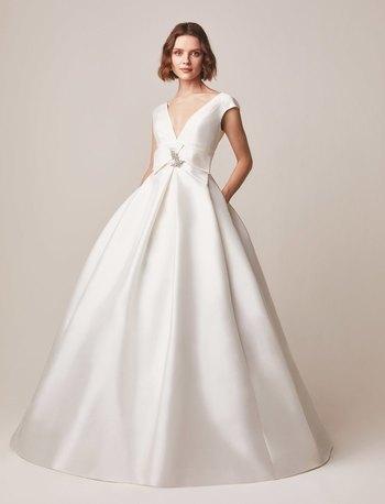 122 dress photo