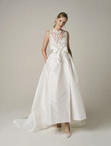 251 dress photo 1