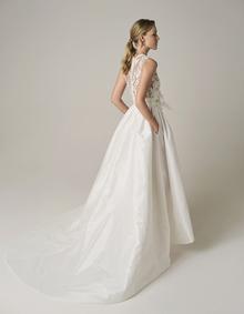 251 dress photo 2