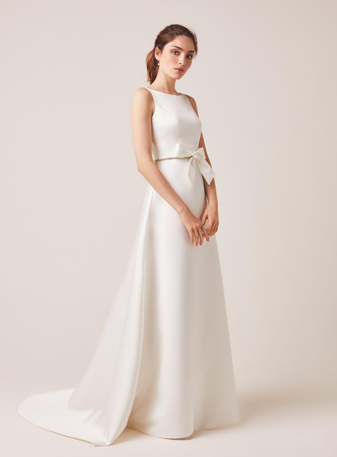 126 dress photo