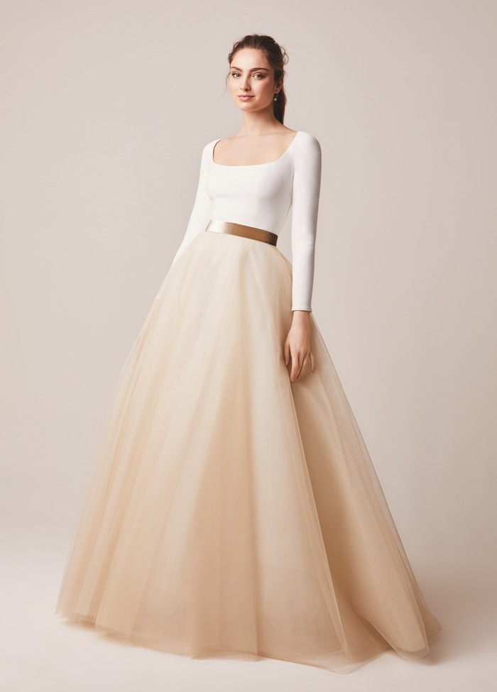142 dress photo