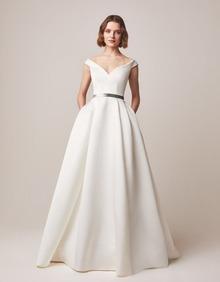 160 dress photo 1