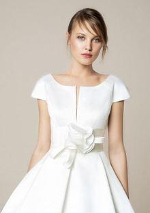 909 dress photo 3