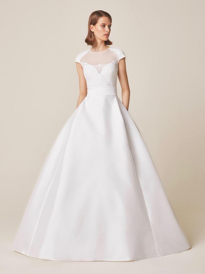 944 dress photo