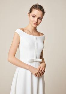 947 dress photo 3