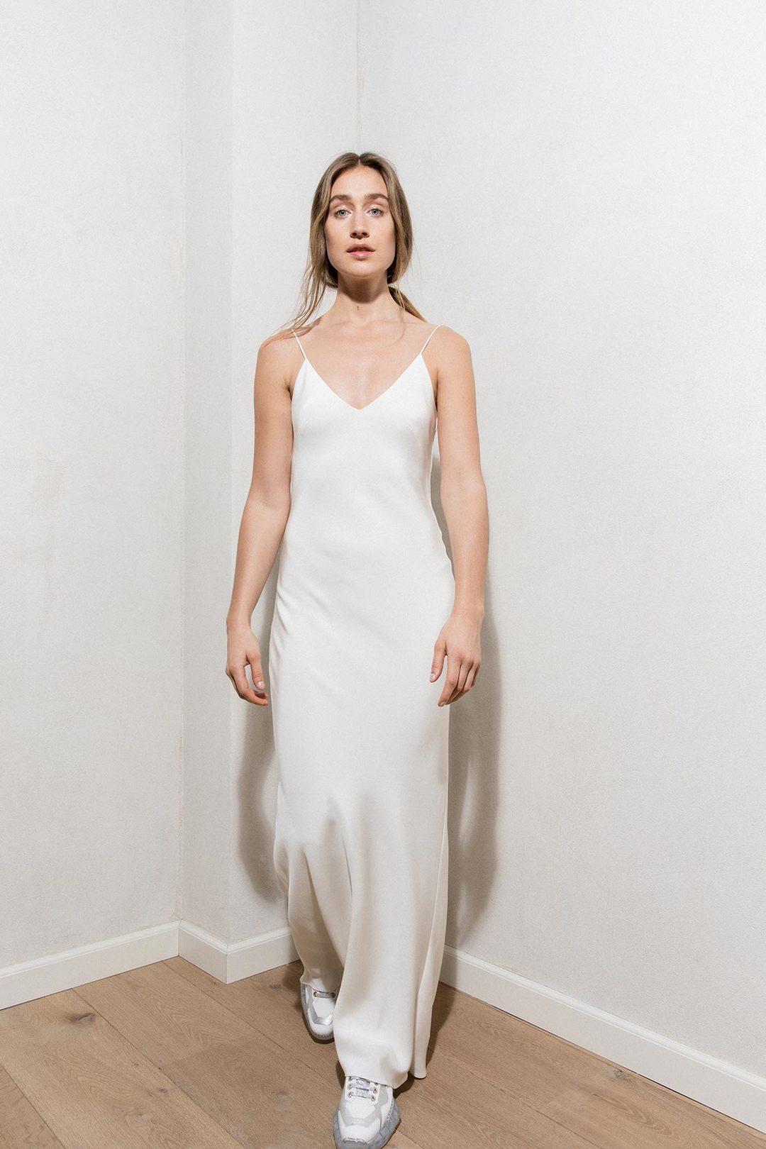 saga dress dress photo