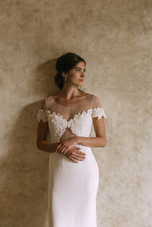 mia dress photo 2