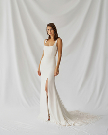 laurel dress photo 1