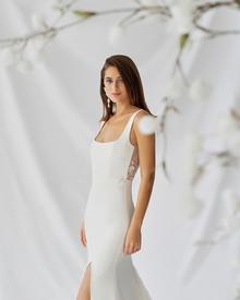 laurel dress photo 3