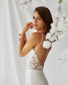 nerine dress photo 4
