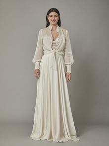 swan blouse dress photo 1