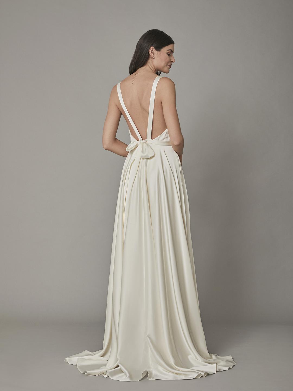 reva gown dress photo