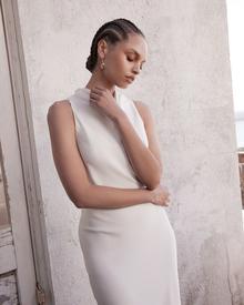 mila dress photo 2