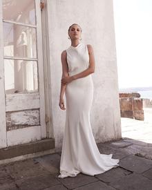 mila dress photo 3