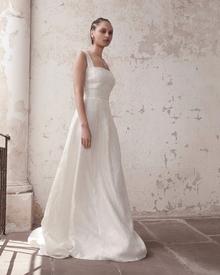 odette dress photo 4