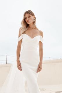 rose dress photo
