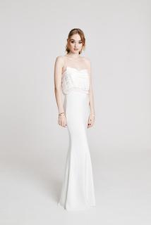 be fancy dress photo 1