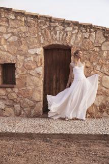 holly dress photo 4
