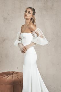 tulle sleeves dress photo 2