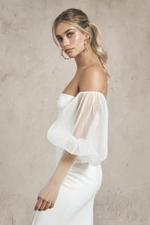 tulle sleeves dress photo 3