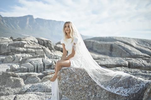wilde veil  dress photo 2