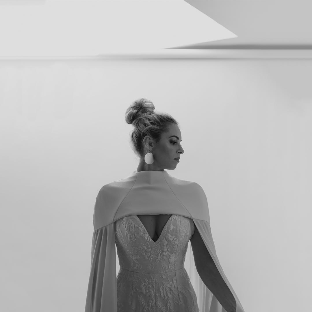 leia cape dress photo 3
