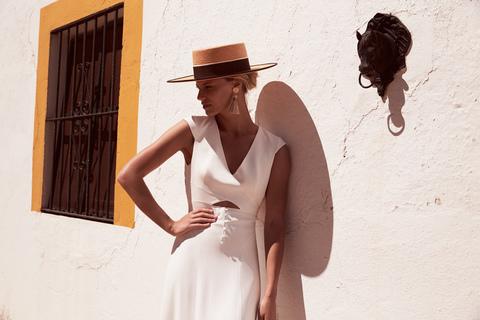 trajan dress photo 2