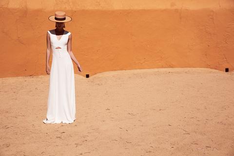 trajan dress photo 3