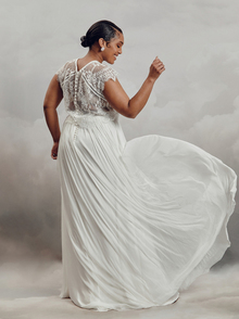 itala top - curve dress photo 3