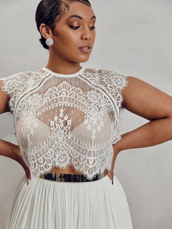 itala top - curve dress photo