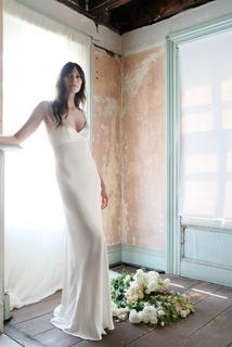 eve - ivory dress photo 2