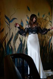izzie dress photo 2