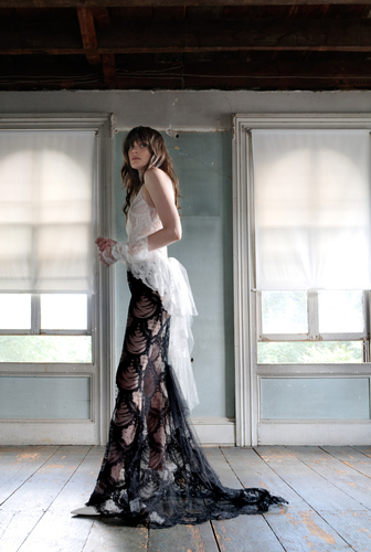 agatha - naked dress photo