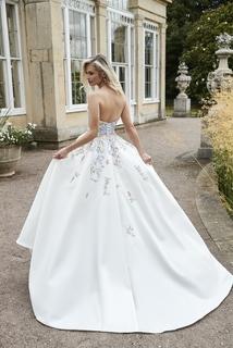 lily  dress photo 1