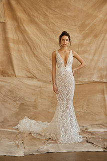 taylor dress photo 1