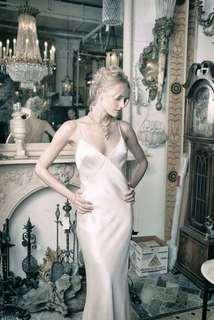 cara dress photo 3