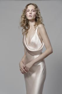 phoebe dress photo 4