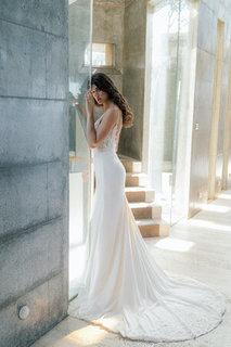 abelia gown dress photo 3