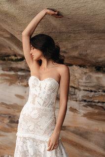 daisy dress photo 3