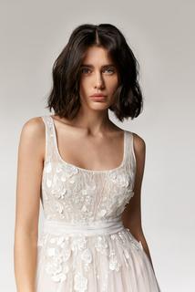 briony dress photo 3