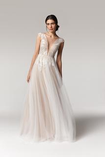 narcissa dress photo 1