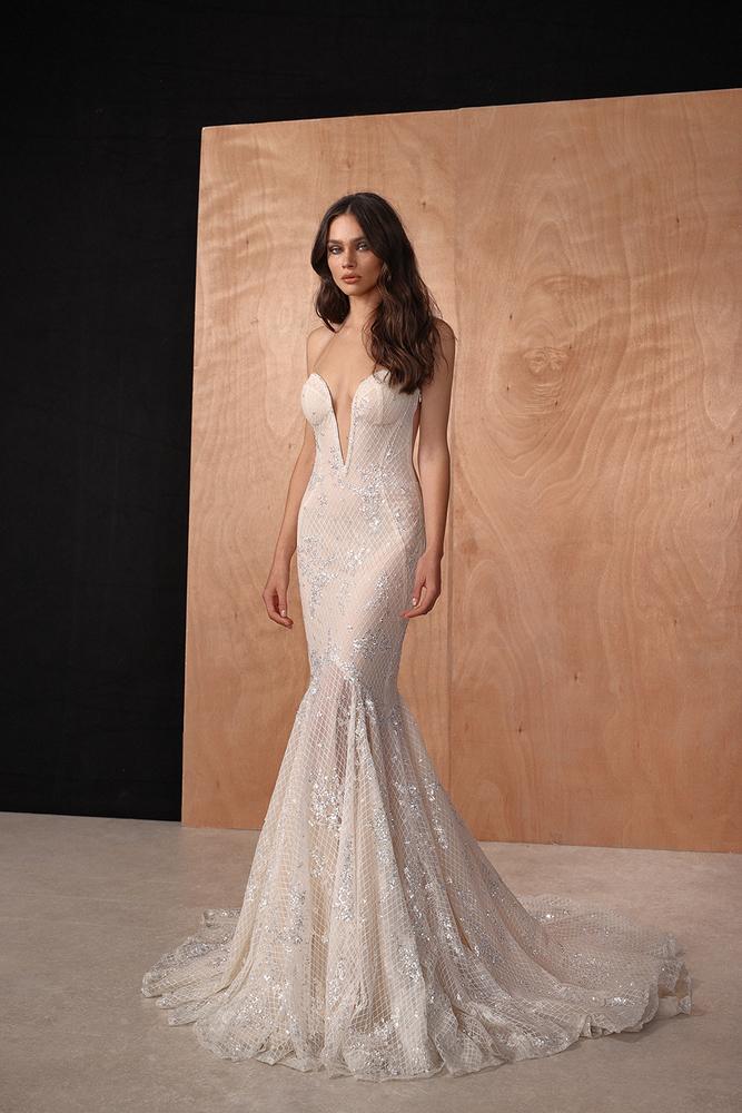 ari dress photo