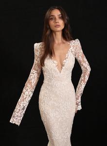 bay dress photo 3