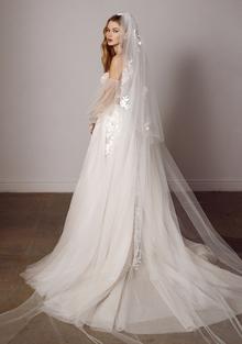 gale veil dress photo 2