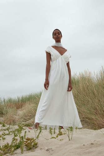 metadora dress photo