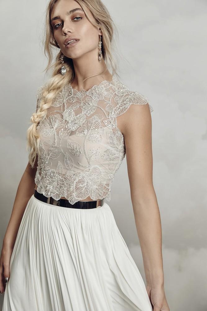 thea topper dress photo