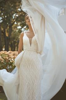 orion dress photo 4
