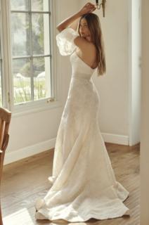 holly dress photo 3