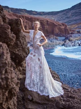 Dress quarter 1548434841