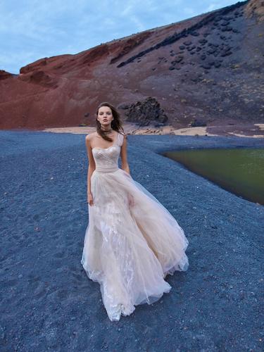 1005 dress photo